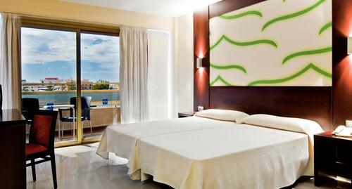 Columbus Aparthotel in Playa de las Americas, Tenerife ...