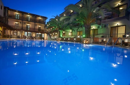 Clubbing beach holidays to Greece