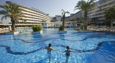 Crystal Admiral Resort Suites & Spa Side