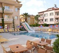 Isla Apartments
