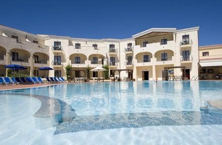Luxury self catering holidays to Sardinia