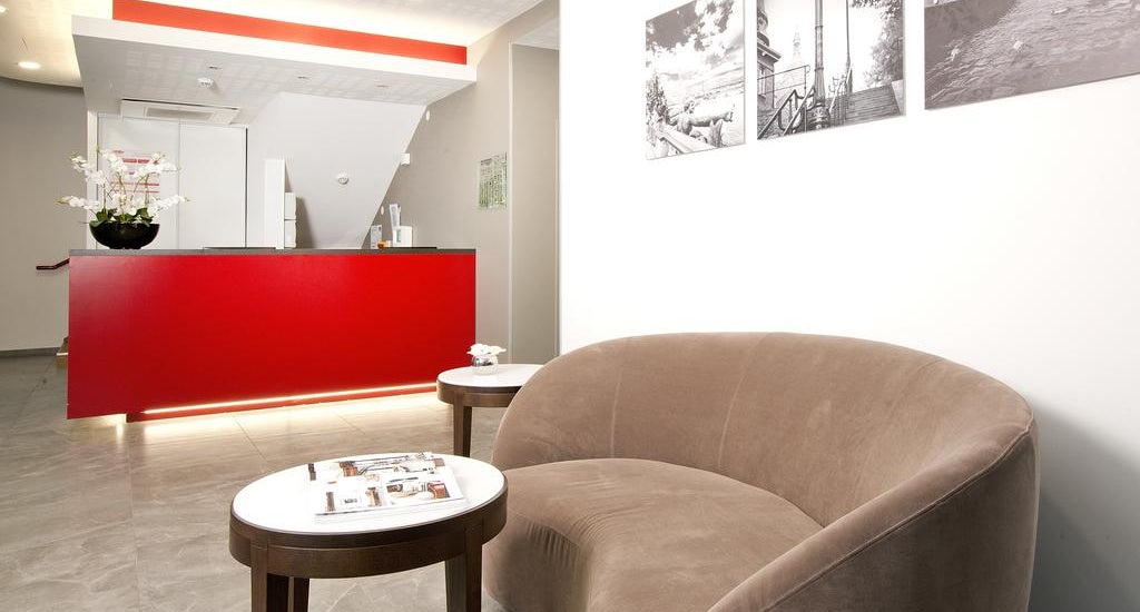 residhome paris rosa parks in paris france holidays. Black Bedroom Furniture Sets. Home Design Ideas
