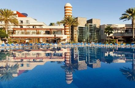 Elba Carlota Hotel