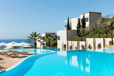 Luxury Family Holidays to Greece