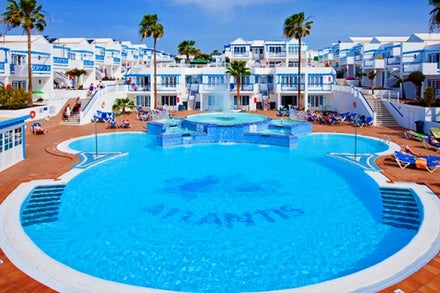 Atlantis Las Lomas Apartments