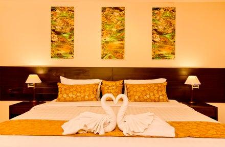 Luxury Gay Holidays to Bangkok