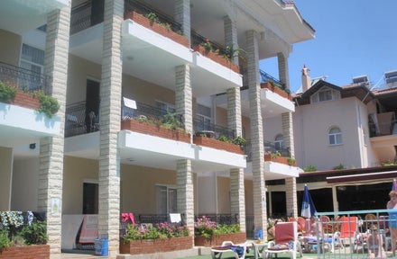 Ozlem 1 Apartments Icmeler