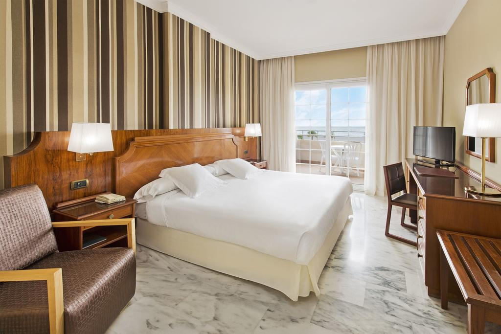 Elba Motril Beach & Business Resort