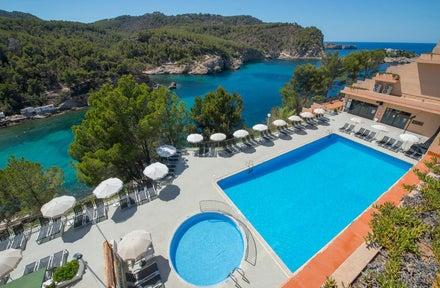 Ole Galeon Ibiza Hotel