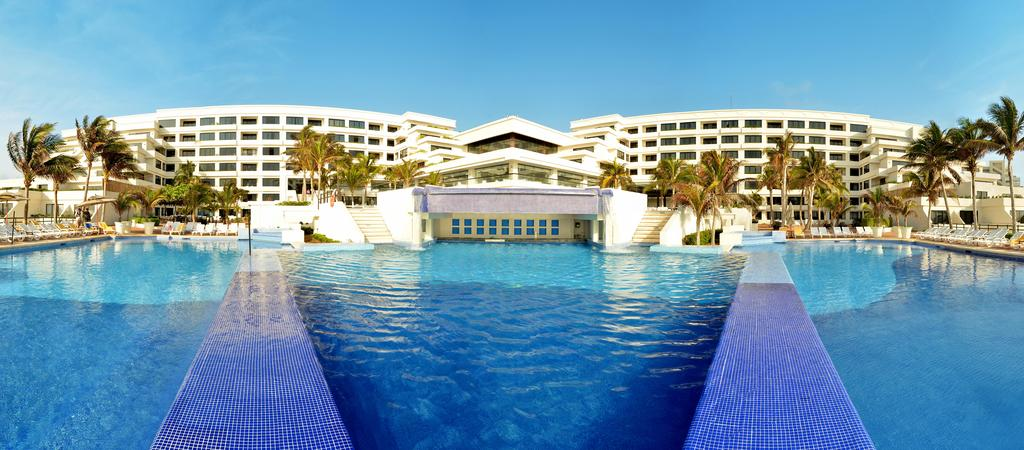Grand oasis sens cancun phone number