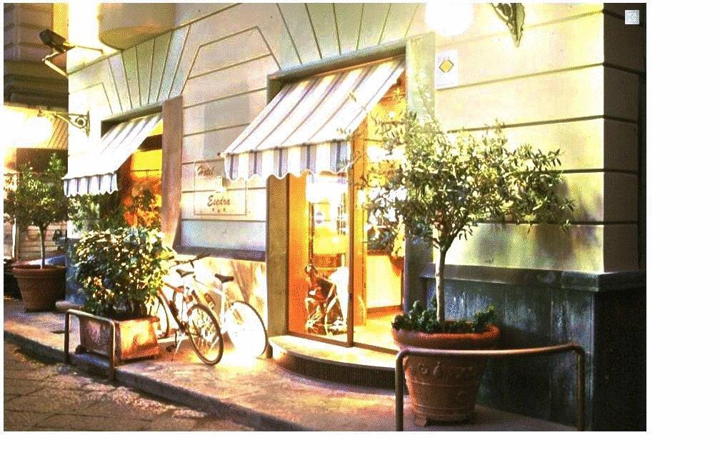Suite Esedra Hotel
