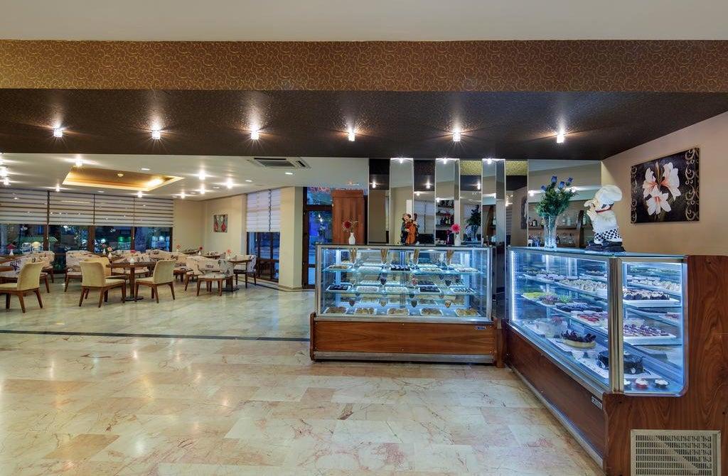 Crystal Flora Beach Resort – All Inclusive in Kemer, Turkey