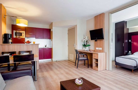 disneyland paris holidays 2019 holidays from 196pp. Black Bedroom Furniture Sets. Home Design Ideas
