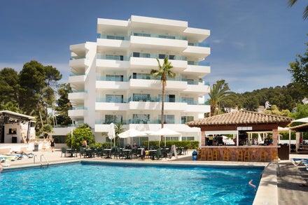 Ola Apartments Bouganvillia