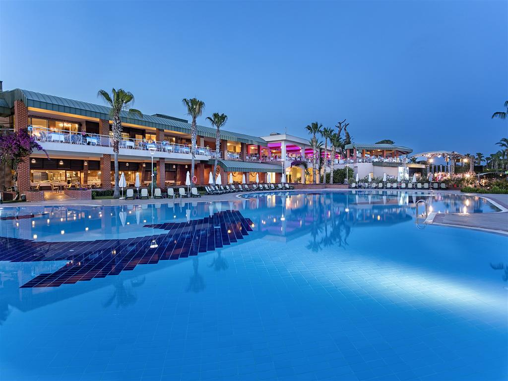 Maritim Pine Beach Resort Belek - All Inclusive