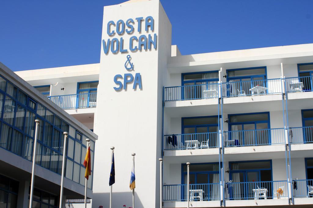 Costa Volcan