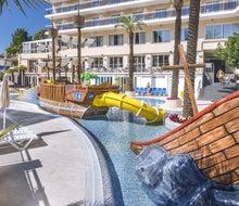 Oasis Park Splash Hotel