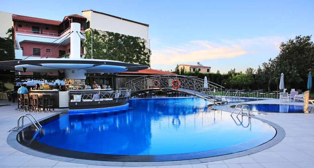 Marigianna Apartments in Sissi, Crete | Holidays from £ ...
