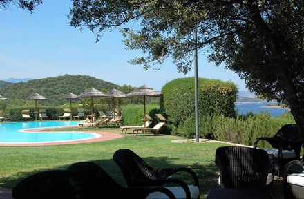 Luxury self catering holidays to Sardinia