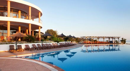 Luxury and Spa hen weekend holidays to Greece