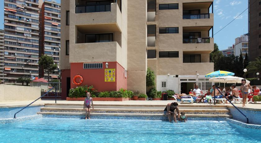 Mayra Apartments