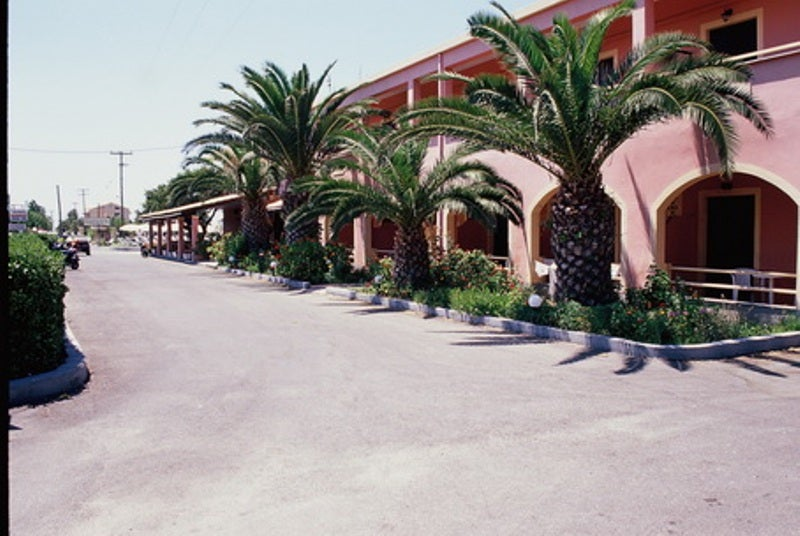 Apartments Tzevenos