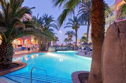 Mediterraneo Bay Hotel & Resort(Ex Mediterraneo Park)