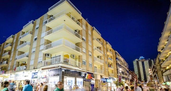 Avenida Apartments