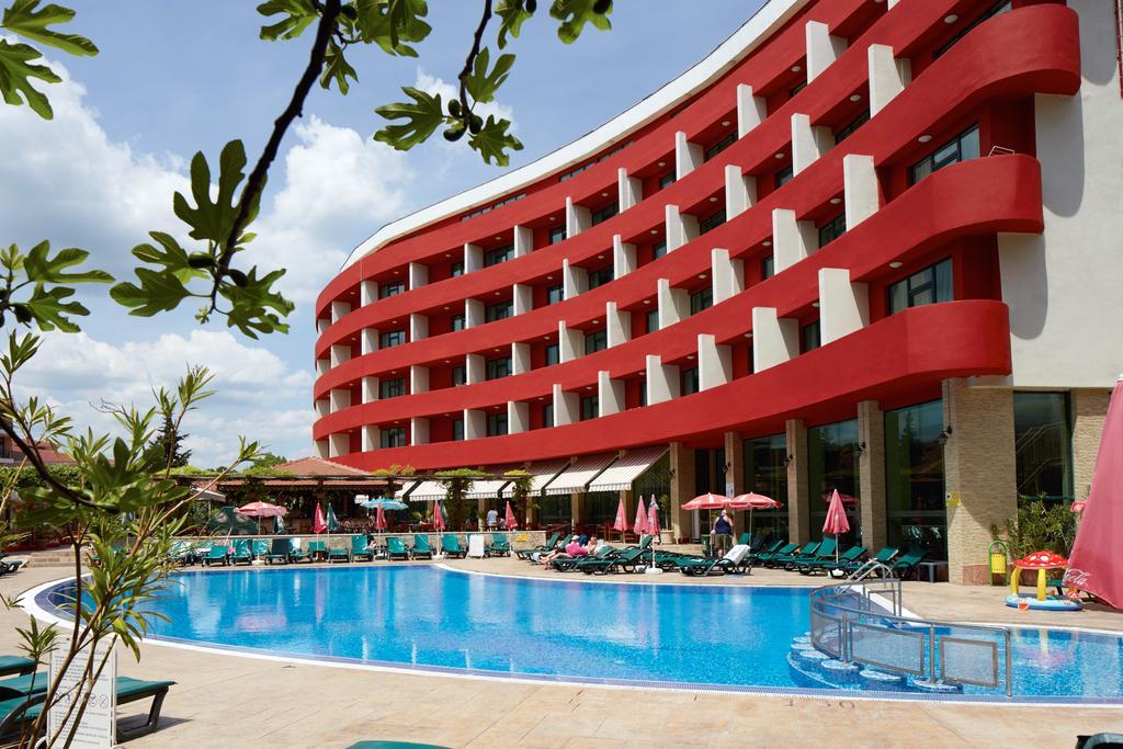 Hotel Mena Palace