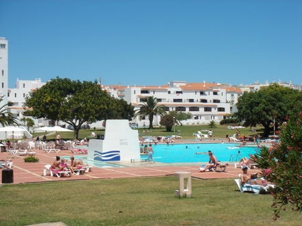 Cheap Honeymoon Holidays to Albufeira