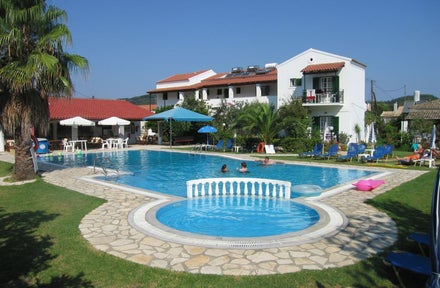 Apartments Takis and Efi