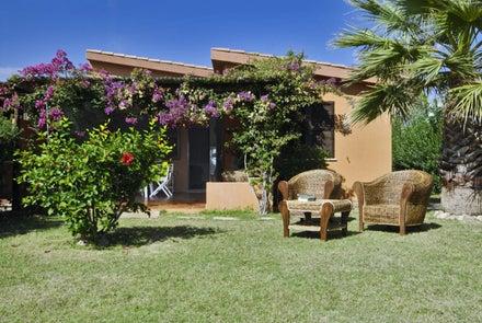 Costa Rei Apartments & Villas