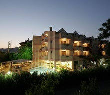 Erdenhan Apartments