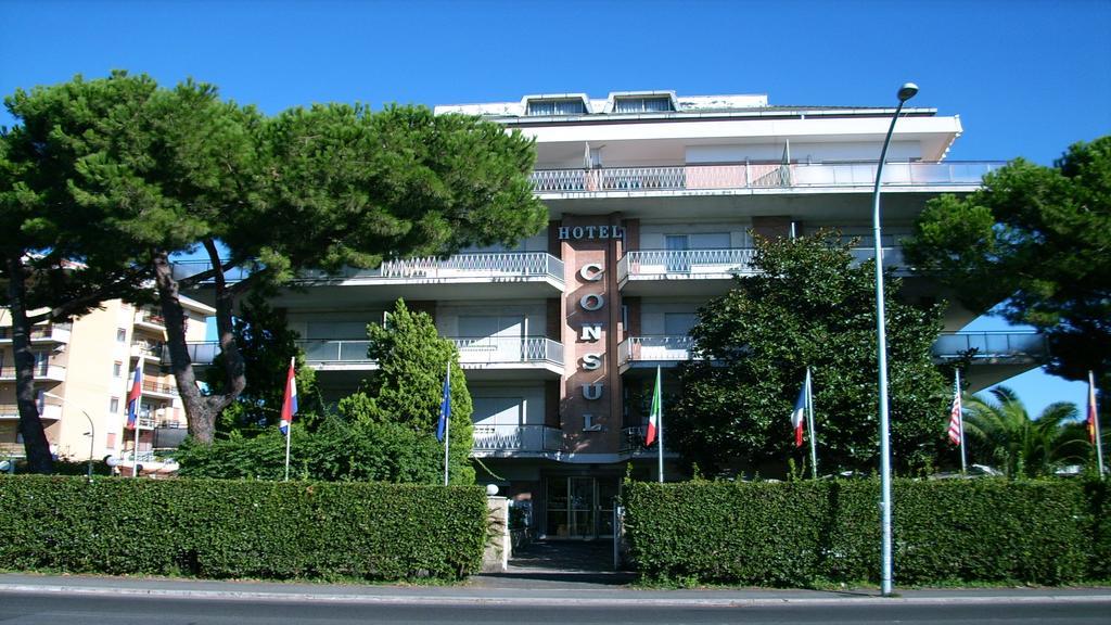 Consul Hotel