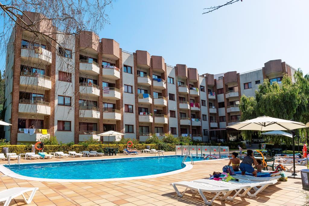 Las Mariposas Apartments