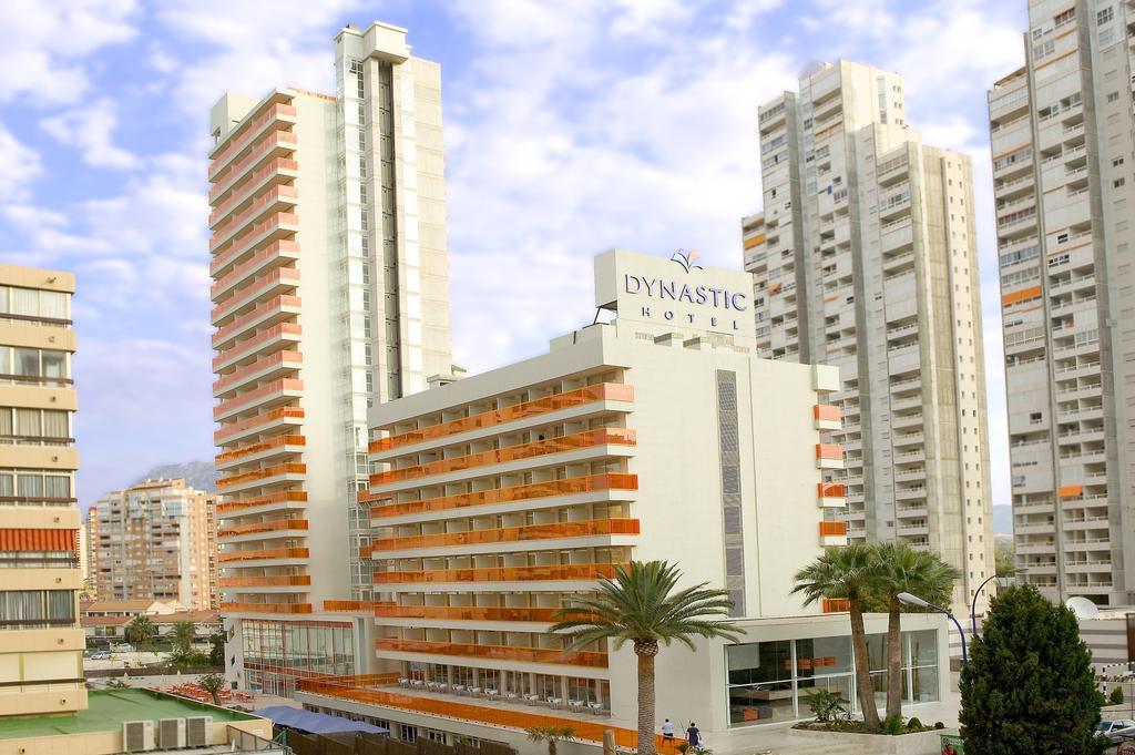 Dynastic Hotel