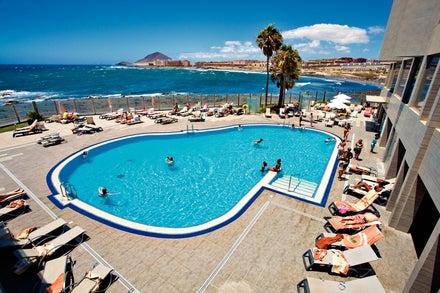 Arenas Del Mar Beach & Spa Resort