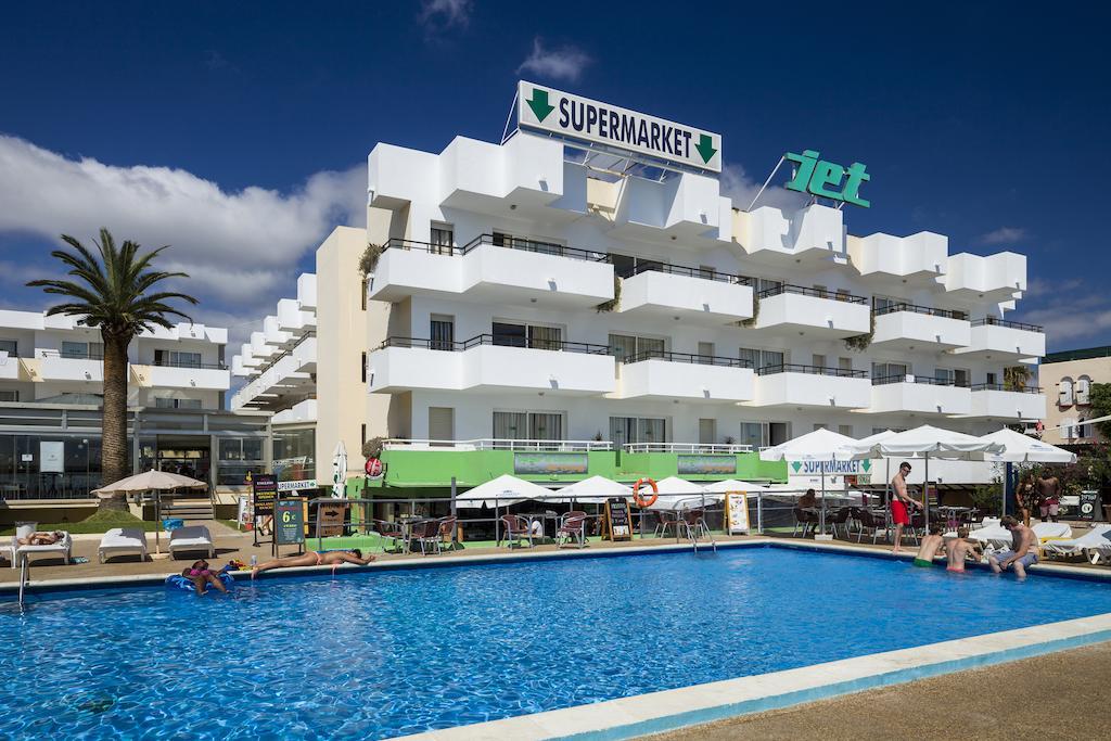 Jet Apartments