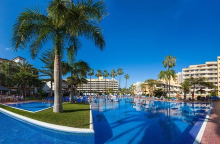 Glasgow Airport holidays to Tenerife